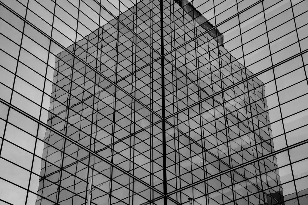 https://pixabay.com/en/building-black-and-white-lines-1132207/